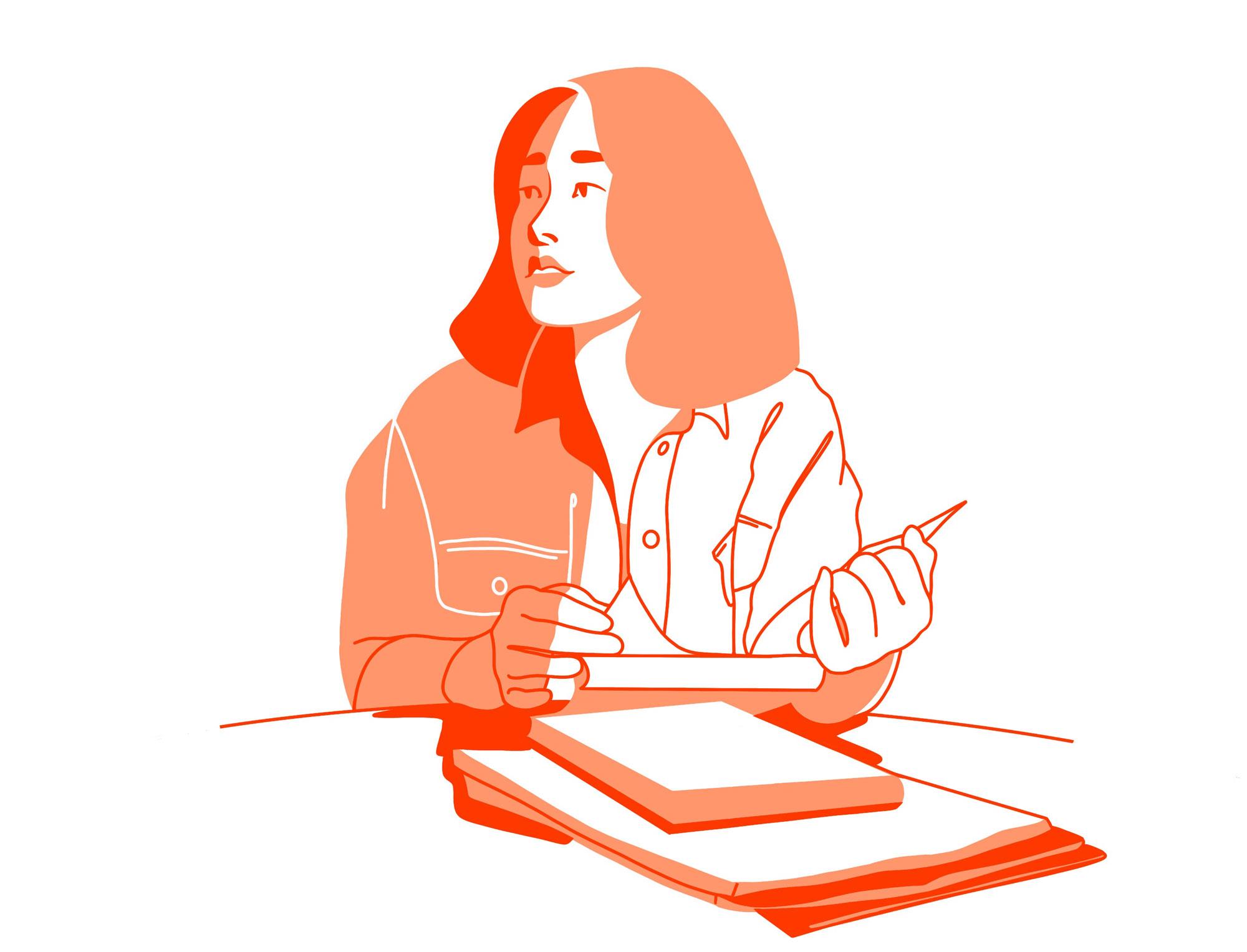 Junge Frau schaut auf, während sie ein Buch in der Hand hält